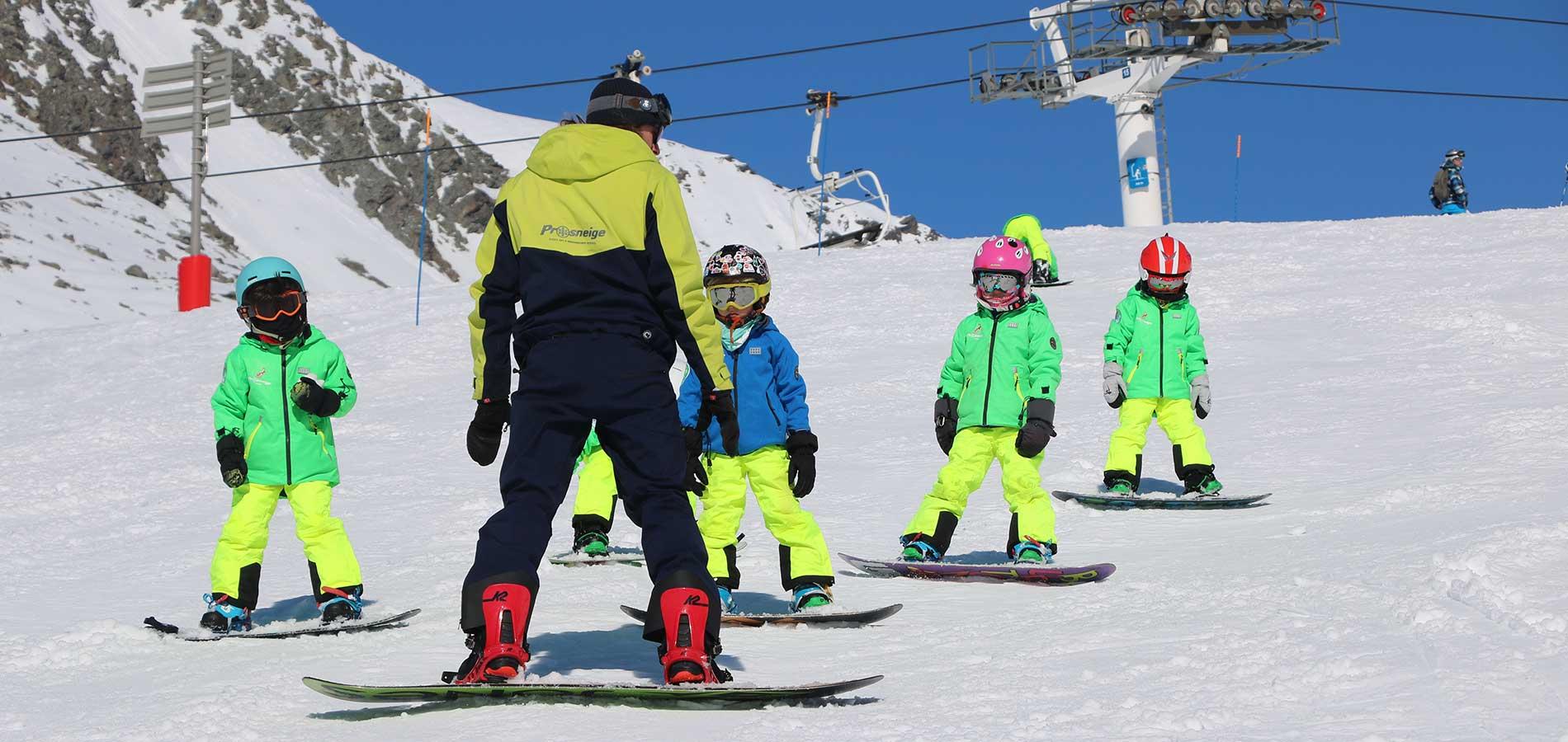 cours collectif de snowboard pour enfant avec Prosneige