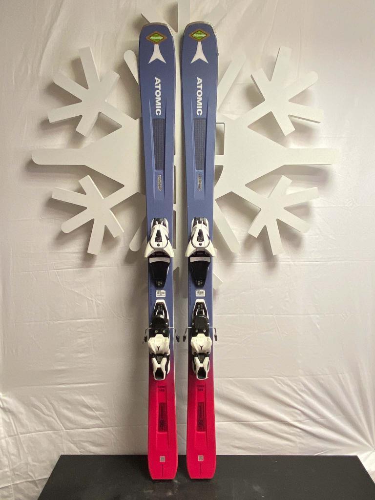 Atomic Vantage 86 ski prosneige